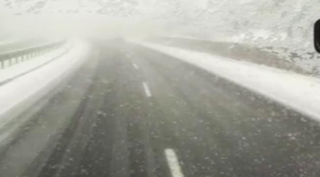 İstanbul Yolunda Kar Etkisini Gösterdi